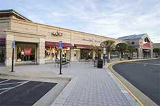 Plaza America Shopping Center